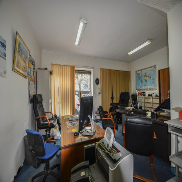 Vente Immobilier Professionnel Local commercial Courbevoie 92400