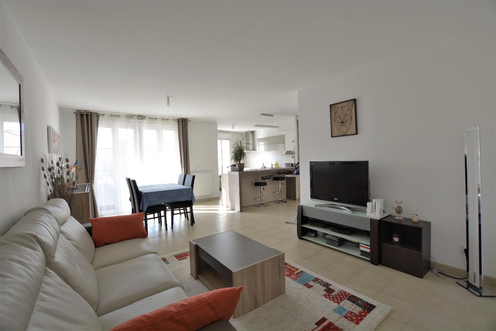 Appartement 114 M²   5 Pièces   Courbevoie 765 000 U20ac